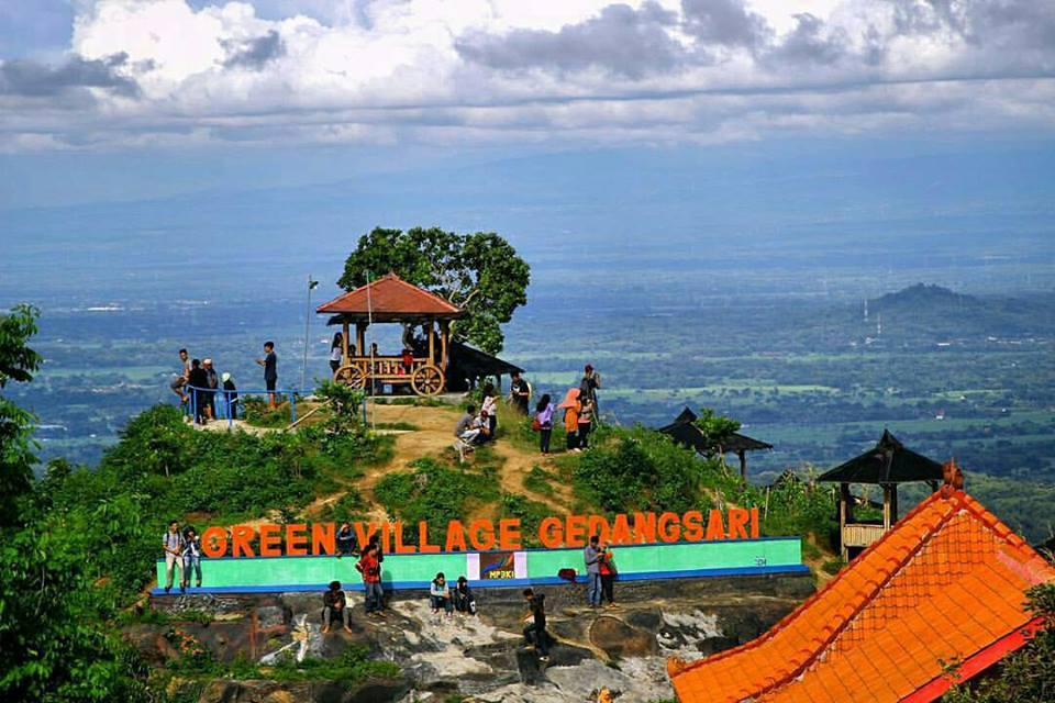 Pemandangan Di Green Village