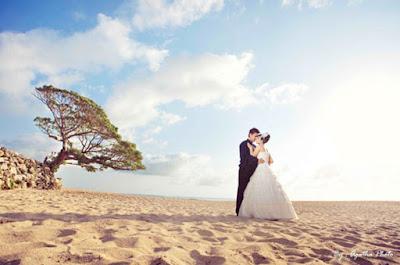 foto prewedding di pantai pok tunggal jogja