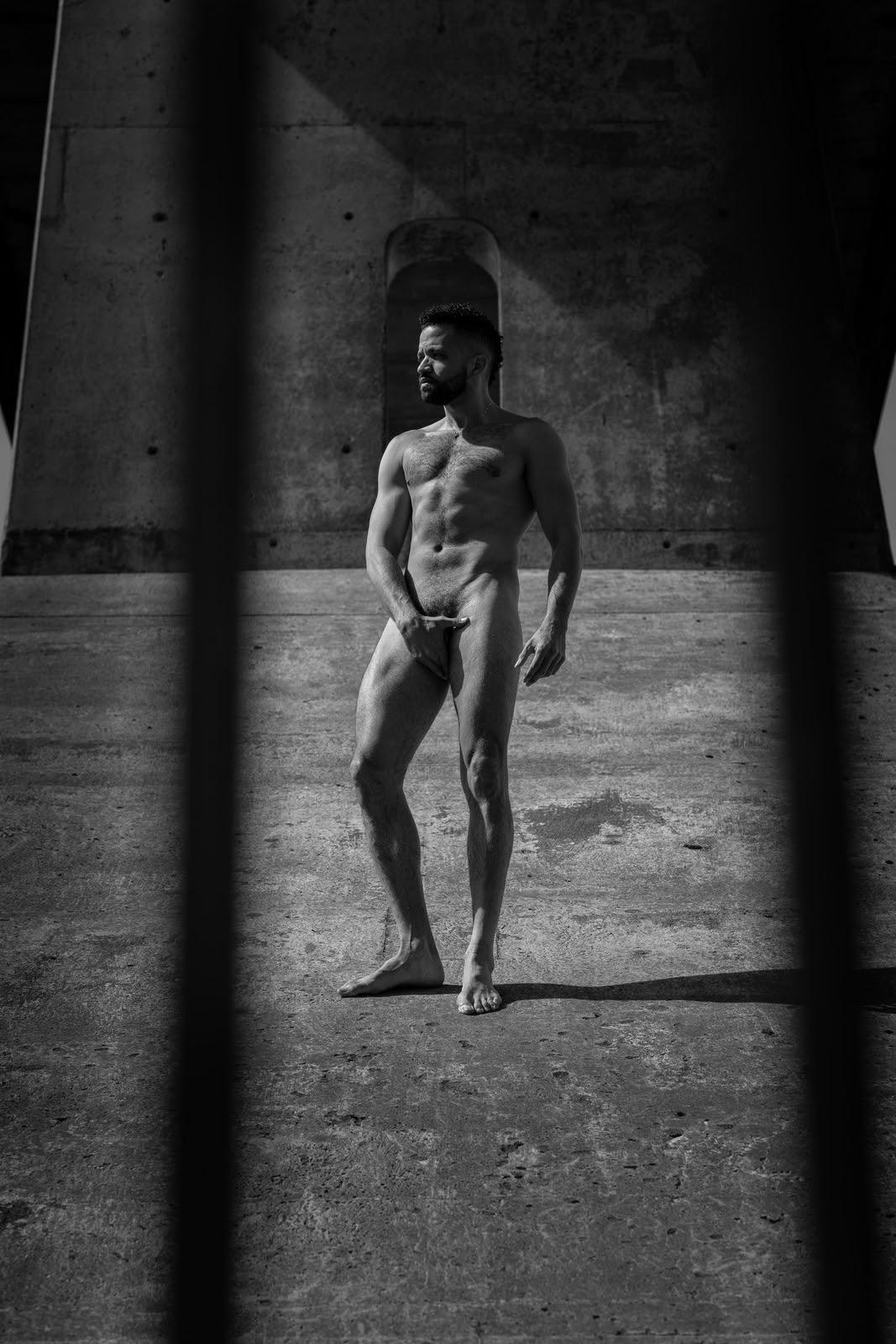 LighT, by The Nude Yorker aka Franklin Liranzo (NSFW).