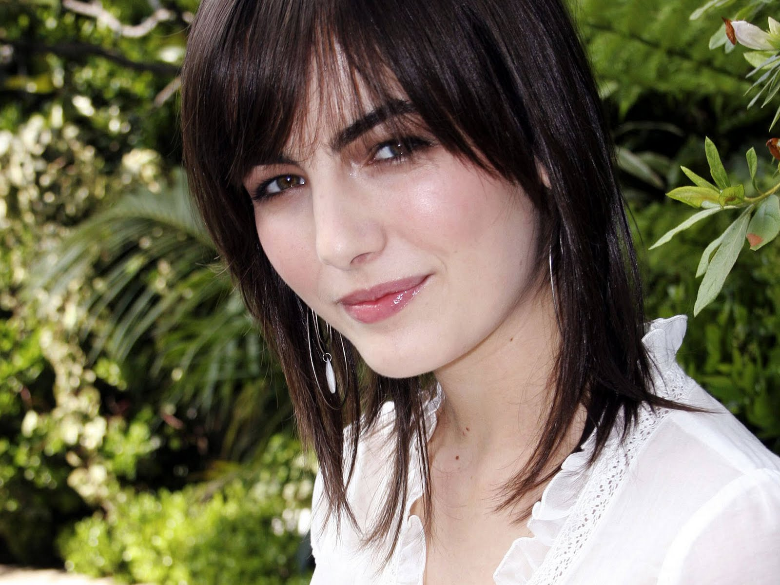 Cute Ashanti Wallpaper Camilla Belle Hot Pictures Photo Gallery Amp Wallpapers