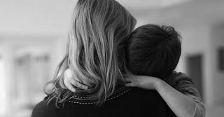 Λαμία: Μάνα έβαλε τα τρία παιδιά της για ύπνο και αυτοκτόνησε