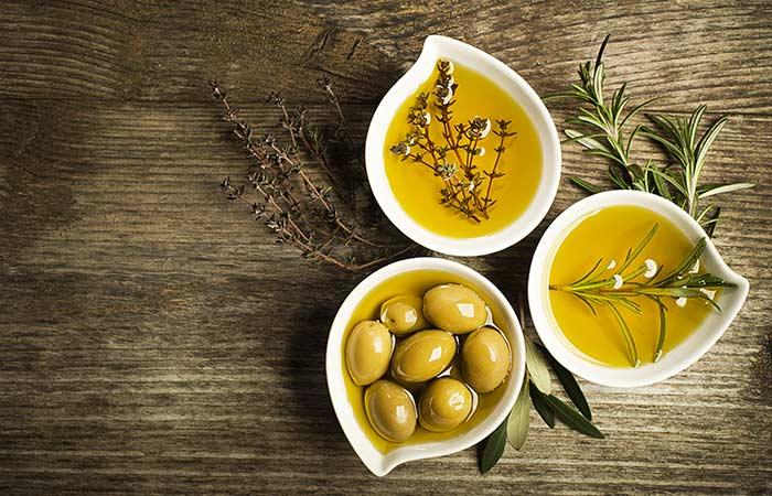 1. Hausgemachte Haarspülung mit Honig und Olivenöl