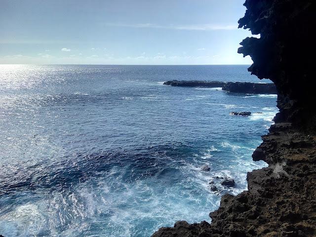 Vistas desde Ana Kakenga, Isla de Pascua