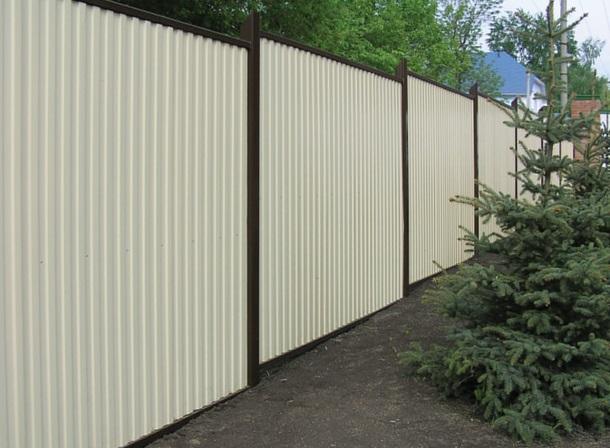 профнастила фото белый забор из