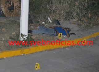 Ejecutan a hombre afuera del panteón nuevo en Chilpancingo Guerrero