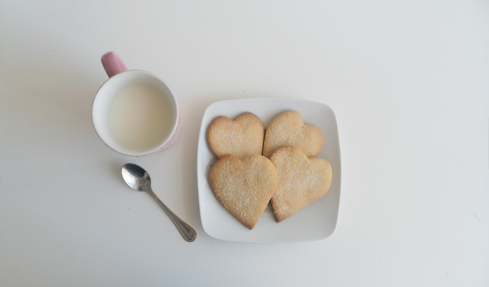 A Delicious Alternative To Chocolate Cookies: Lemon Biscuits