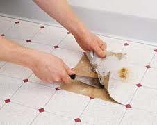 Verwijderen vinyl vloerbedekking
