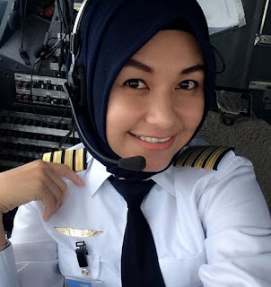 Cerita Dewasa Pesawat Rusak terbaru paling hot