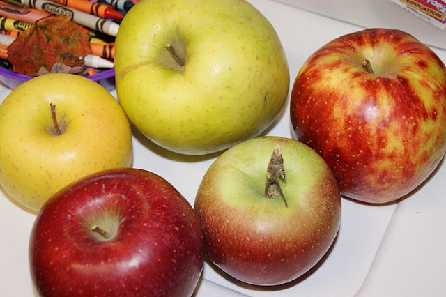 Variety of Apples image
