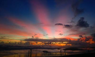 Pantai Jayanti : Pesona Sunset