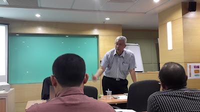 Dr Haji Abdul Aziz Hassan