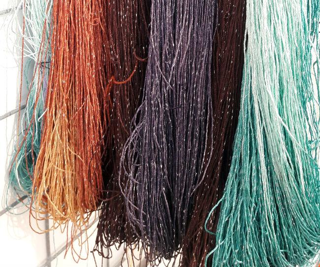 Sticks & Cups, Dutch indie yarn. Yarn shop in Utrecht   Happy in Red