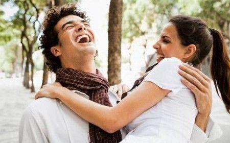 Risultati immagini per donna felice uomo
