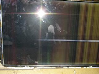 Samsung LCD tv Gambar bergaris-garis vertical