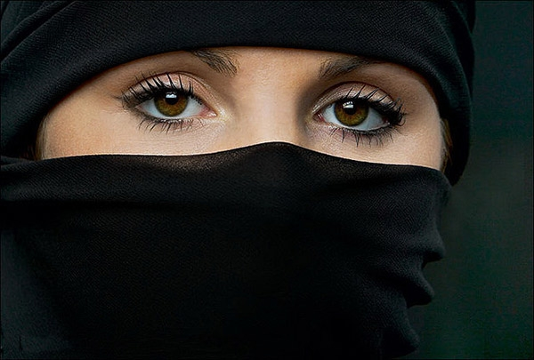 sexy UAE GIRL not naked ARAB ISIS GIRL, NO porn star niqab, niqab bigboss, niqab bath scence, niqab hot scene,