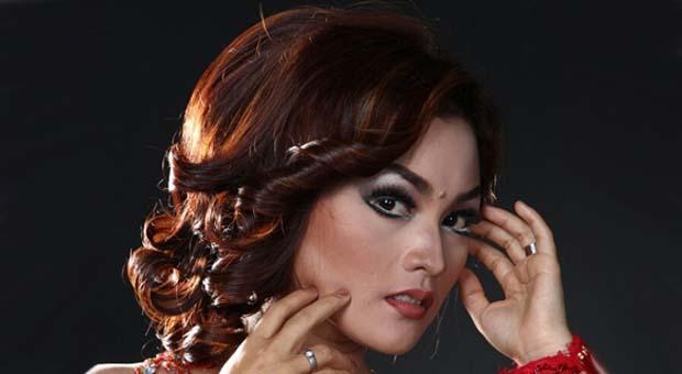 "Rita Tila Siapkan Single ""Sabeulah Panon"""