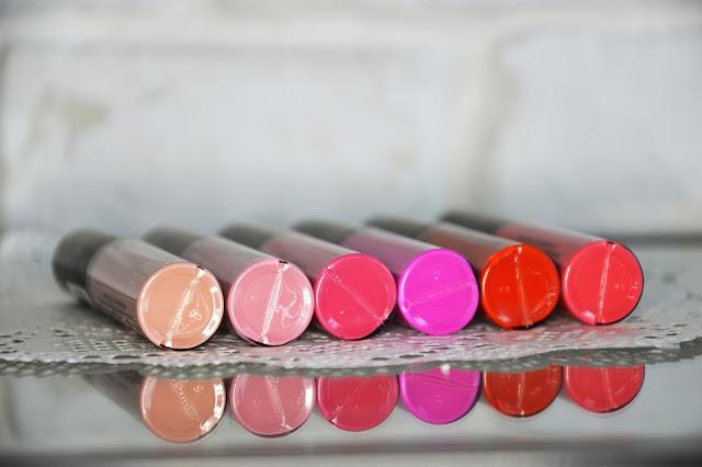 KOBO MATTE LIQUID LIPSTICK matowe pomadki w płynie w sześciu niesamowitych kolorach 401 CRANBERRY MERINGUE 402 WATERMELON JUICE 403 CHERRY DRINK 404 LITCHI YOGHURT 405 PASSIFLORA TEA 406 RASPBERRY SHAKE