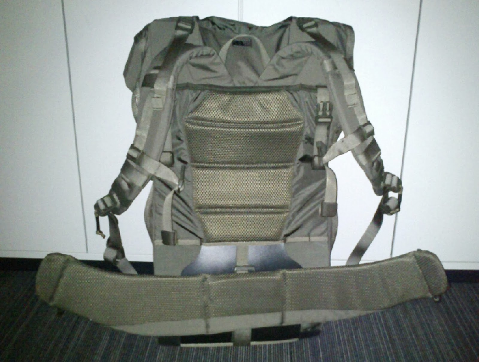n r ventyr snigeldesign 120l backpack system 12. Black Bedroom Furniture Sets. Home Design Ideas