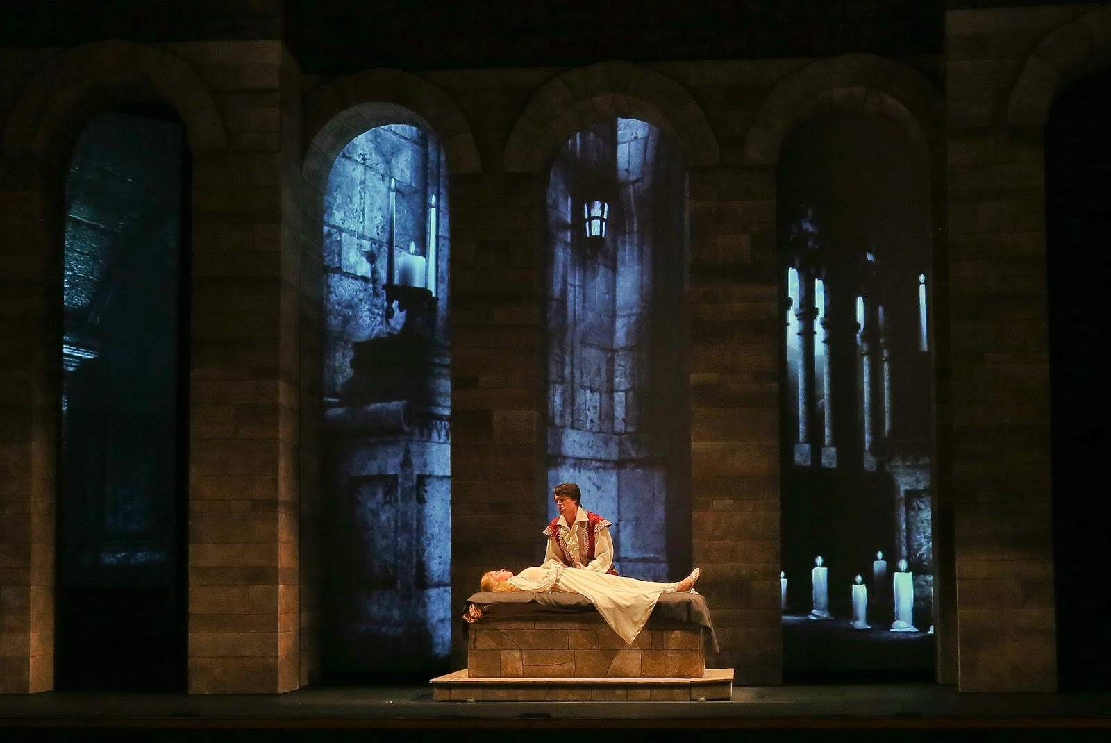 IN PERFORMANCE: Soprano MARIE-EVE MUNGER and tenor JONATHAN BOYD as the title couple in Opera Carolina's production of Charles Gounod's ROMÉO ET JULIETTE, January 2016 [Photo by Jon Silla, © by Opera Carolina]