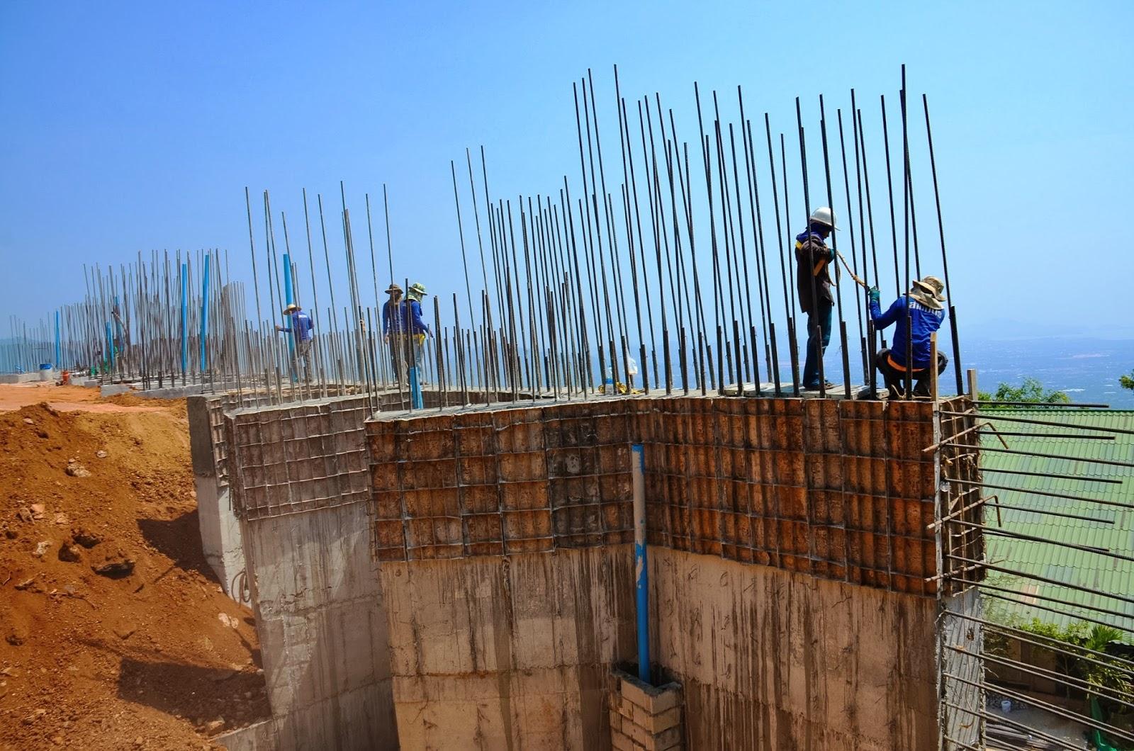 construction at the big buddha phuket