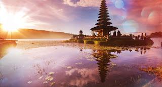Ulun Danu Beratan Temple | Bali Dolphin Tour | Sunia Bali Tour