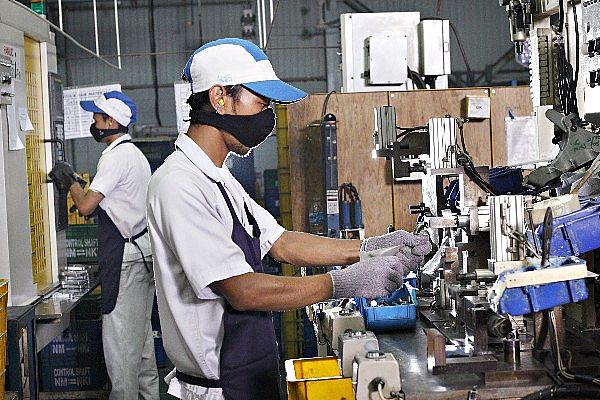 Info Lowongan Kerja Operator Produksi Terbaru PT Fujiseimitsu Indonesia