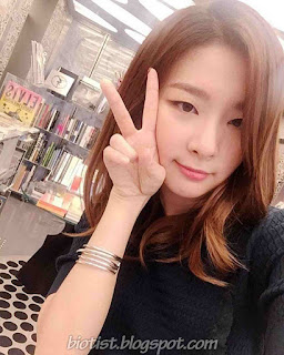 Red Velvet Seulgi Selca Photos - Selfie Photos of Kang Seul Gi