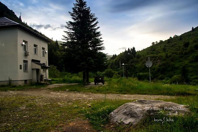 korab-peak-hike-macedonia-strezimir