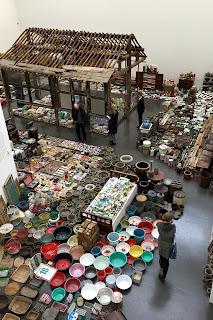 chinesischer Künstler in Düsseldorf; Installation Waste Not
