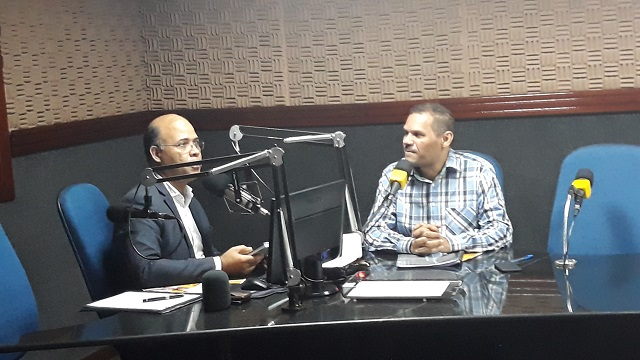 Tonny Matias sendo entrevistado na rádio Cultura dos Palmares