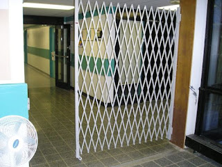 Folding Gate