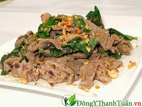 Món ăn chữa bệnh đau lưng - Thịt bò xào lá lốt