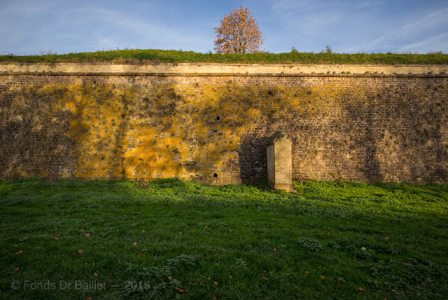 Fortifications de Neuf-Brisach… Couleurs d'automne : Front II-III