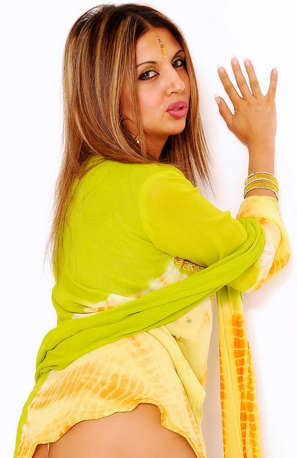 SEXY HOT_W_HD: Anjali Kara Hub Porn Celebrity New Dress