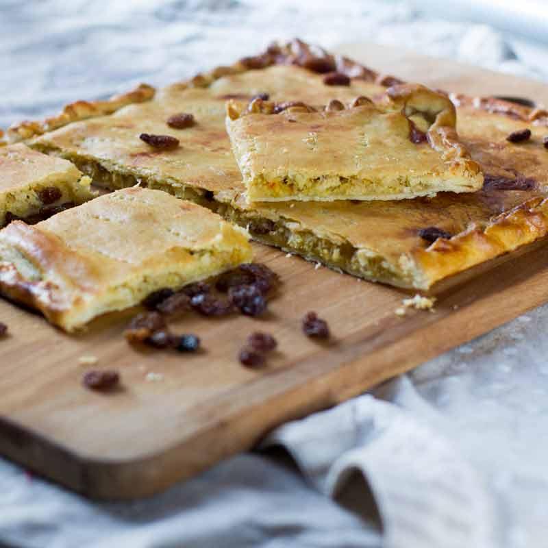 receta de empanada gallega de bacalao y pasas