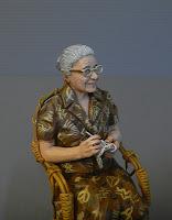 Statuetta presepe realistica nonna bisnonna nonni familiari presepio orme magiche