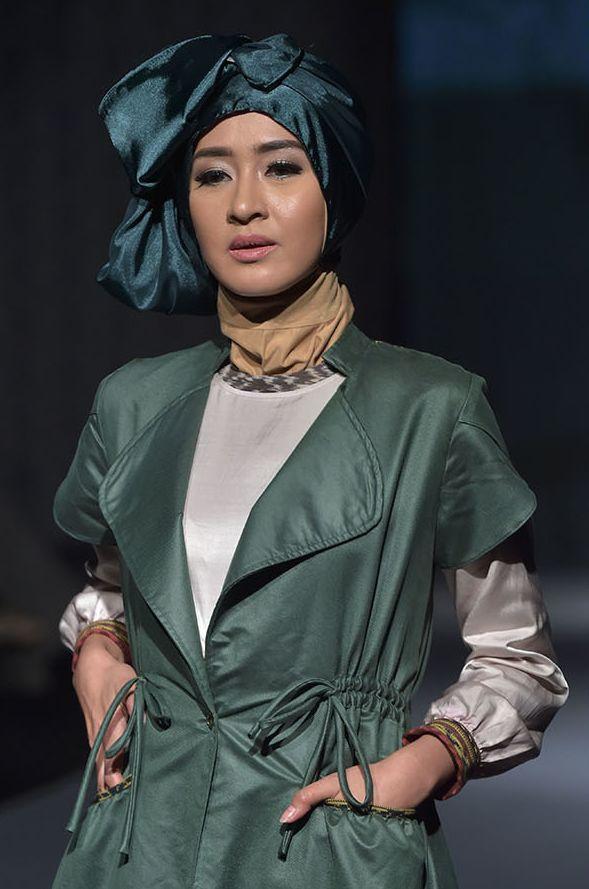 Indonesian - Jakarta International Islamic Fashion Festival 2016 Photos