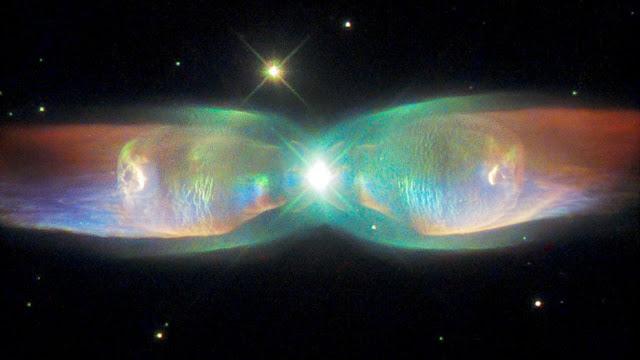 Penampakan Kupu-kupu Nebula Di Luar Angkasa