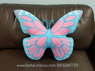 bantal bentuk kupu-kupu