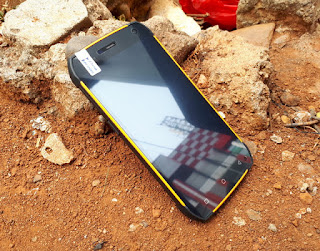 Hape Outdoor Android UHANS K5000 4G LTE IP68 Certified RAM 3GB Baterai 5000mAh