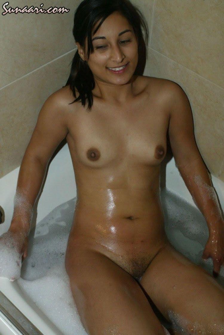 Naked Babes Bathing Video 8