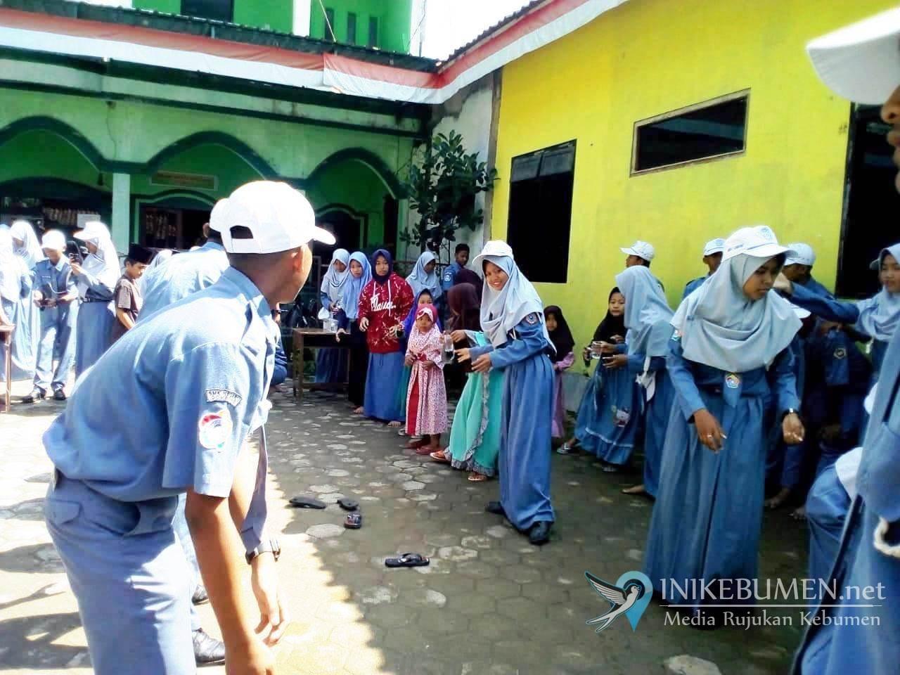 Dikunjungi PKS SMK Negeri 1 Gombong, Anak-anak PAYDT Al Hikmah Ceria