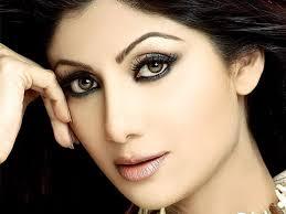 Shilpa Shetty's Bold Eye Makeup
