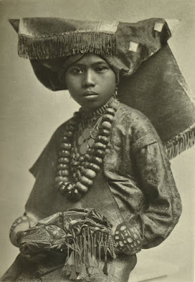 Pengantin Minangkaba, 1920 | Sumber: K.T. Satake / blogspot