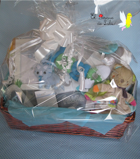cesta-regalo-nacimiento-bebe-bautizo-regalo-personalizado-fieltro-elbosqudelulu-hechoamanoparati