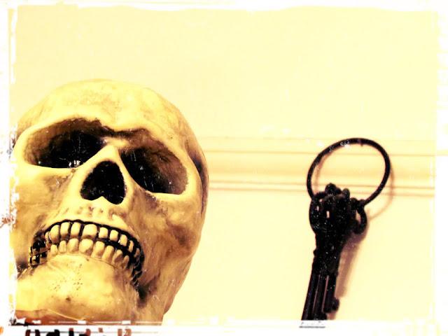 Skull and key