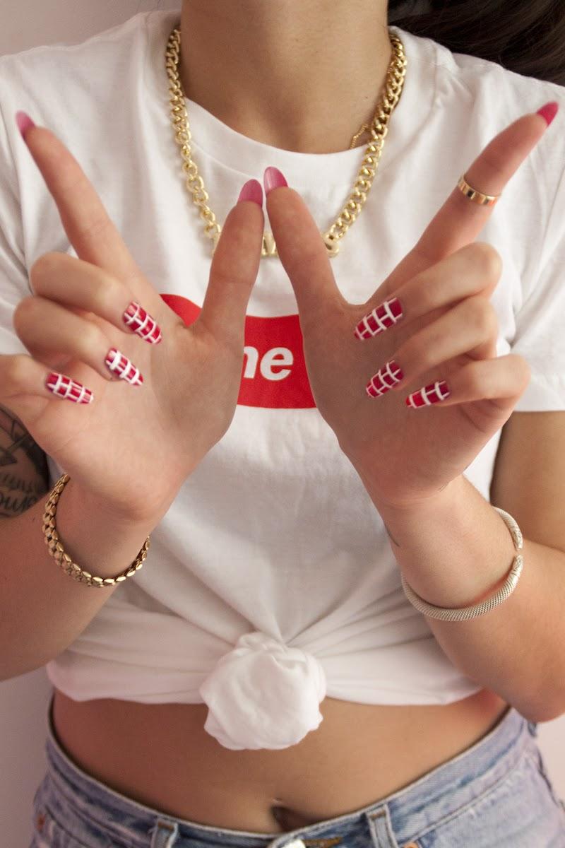 nail art briques Lili