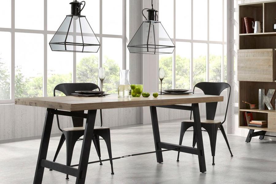 Tipi di sedie elegant prezzo ucspan with tipi di sedie for Tavoli design famosi