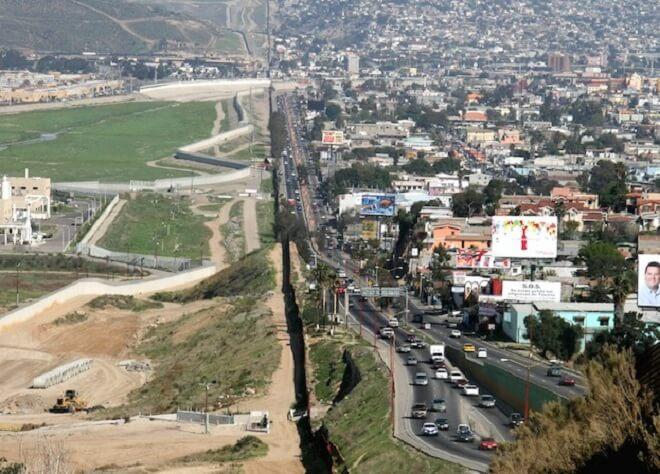 15 Sempadan Negara Paling Unik Dan Tidak Masuk Akal Di Dunia