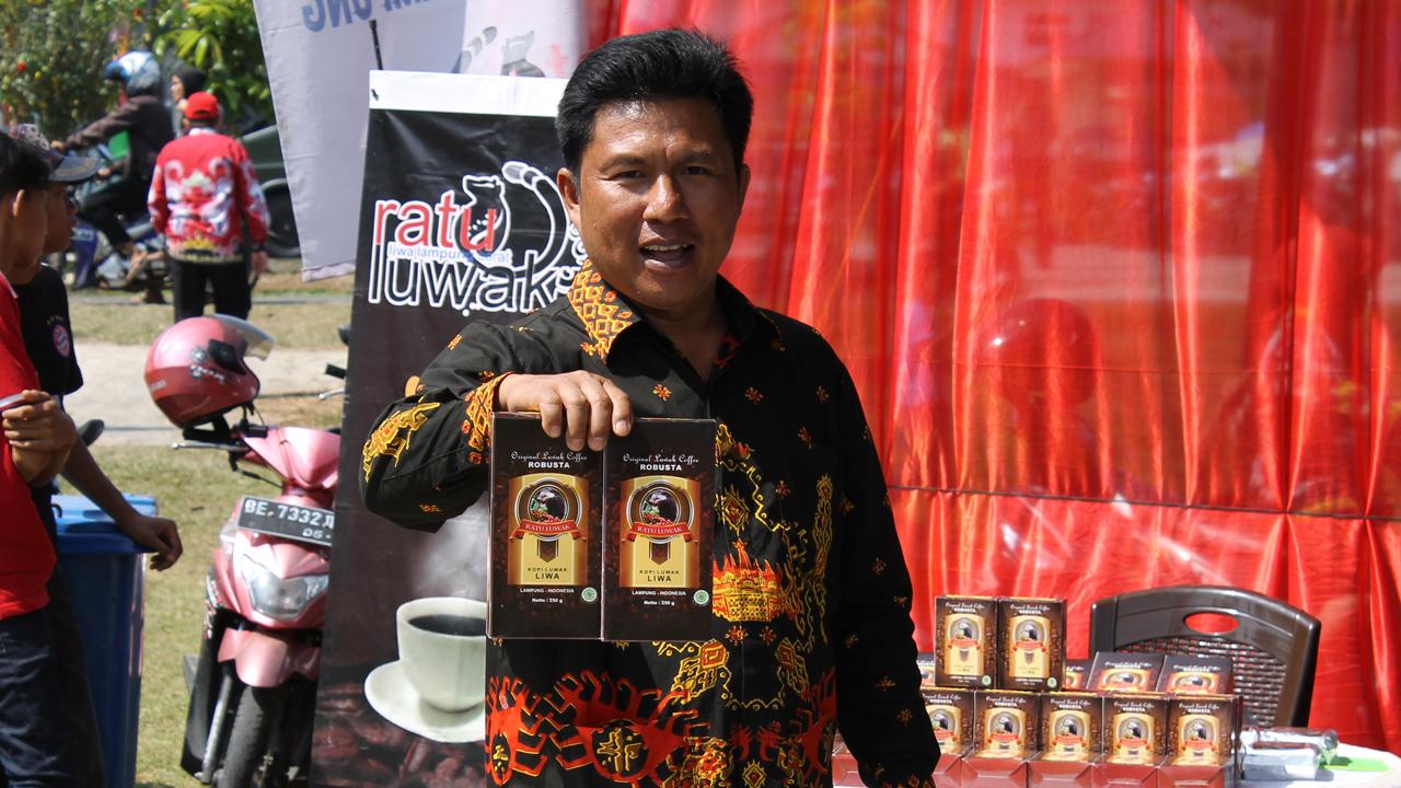 Minum Bersama 5000 Cangkir Kopi Luwak